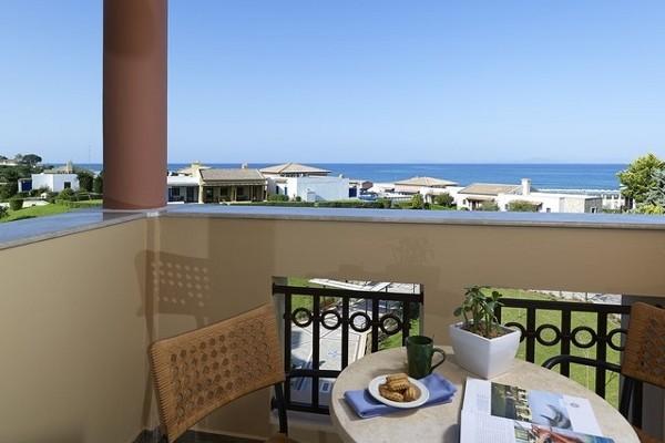 Terrasse - Hôtel O Club Premium Aldemar Olympian Village & Family Resort 5* Araxos Grece