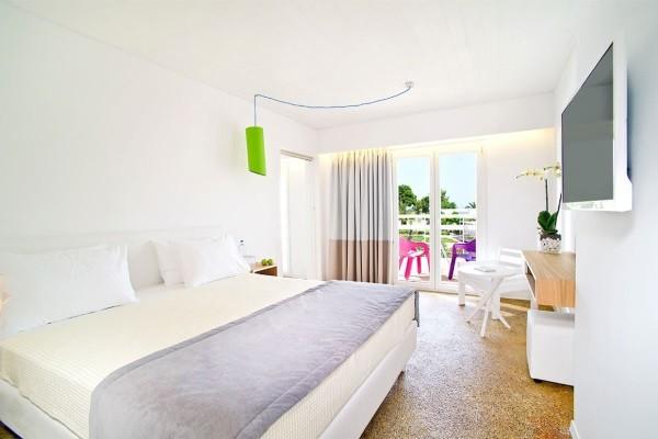 Chambre - Hôtel Marathon Beach Resort 3* Athenes Grece