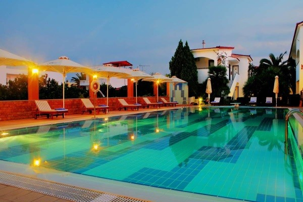 Piscine - Hôtel Alkyon Resort 4* Athenes Grece