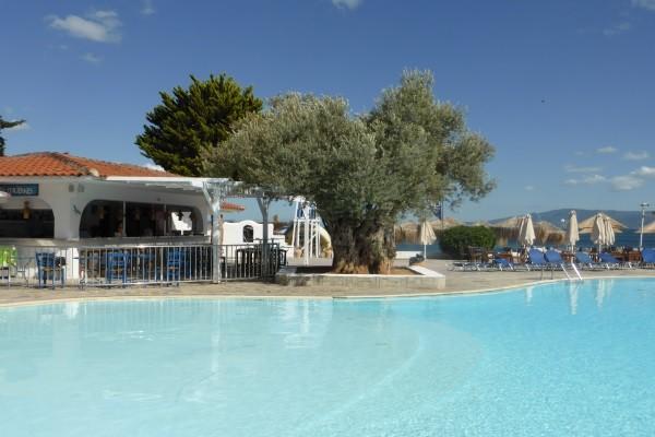 Piscine - Héliades Grand Bleu Beach Resort
