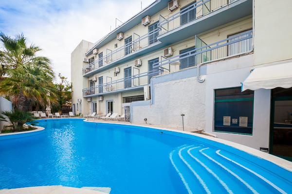 Piscine - Hôtel Kanelli Beach 2* Athenes Grece