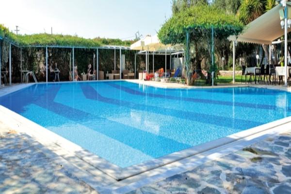 Piscine - Hôtel Miramare Eretria 4* Athenes Grece