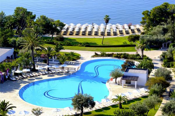 Piscine - Hôtel Ôclub Premium Barcelo Hydra Beach Resort 5* Athenes Grece