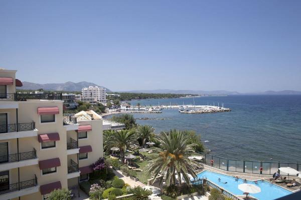Piscine - Ramada Attica Riviera 4* Athenes Grece