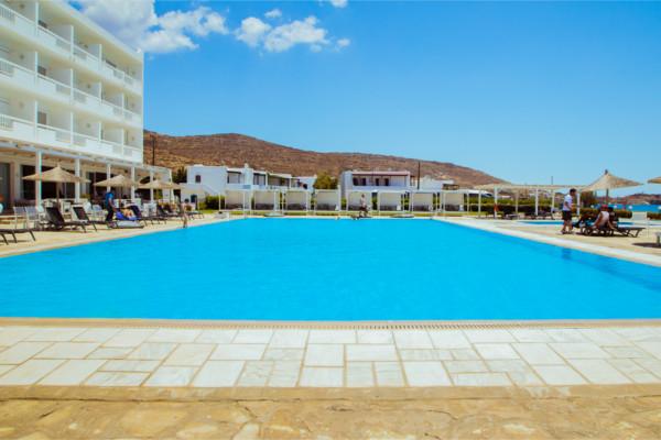 Piscine - Tinos Beach 3*