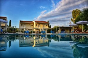 Grece-Corfou, Hôtel Dassia Holiday Club