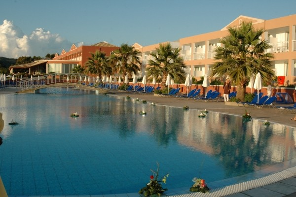 Piscine - Labranda Sandy Beach Resort 5* Corfou Grece