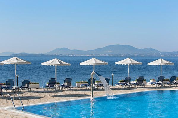 Piscine - Hôtel Tui Sensimar Nissaki Beach Resort & Spa 4* Corfou Grece