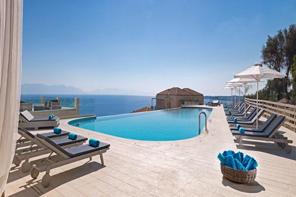 Piscine - Hôtel Camvillia Resort & Spa 5* Kalamata Grece