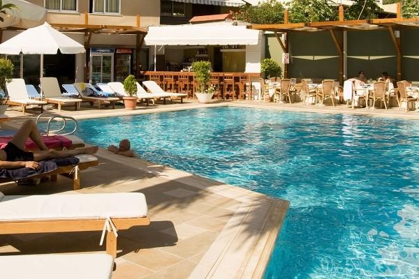 Piscine - Hôtel Best Western Plaza 4* Rhodes Grece
