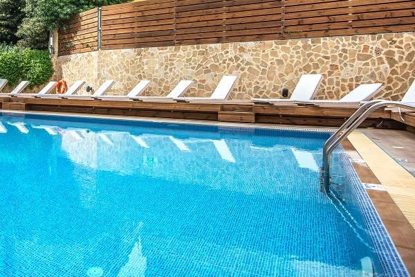 Piscine - Hôtel Kipriotis 3* Rhodes Grece