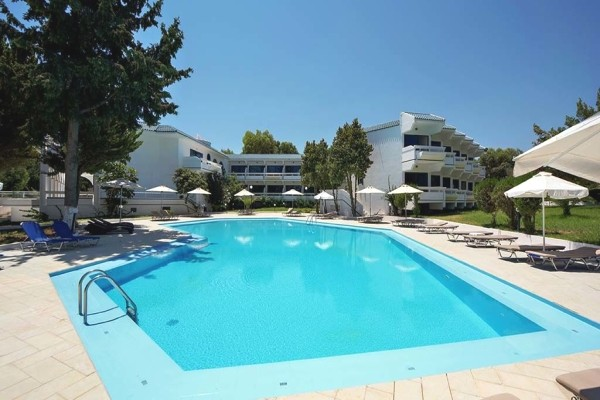 piscine - Larisa Blue Boutique & Resort