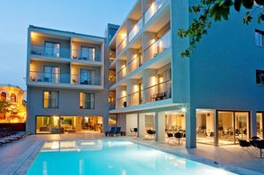 Vacances Rhodes: Hôtel Oktober Down Town Rooms