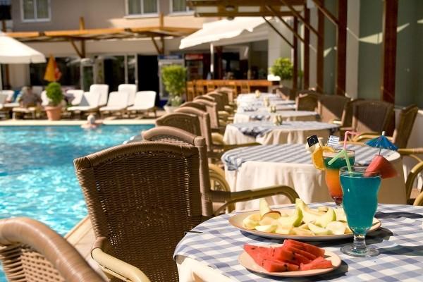 Terrasse - Hôtel Best Western Plaza 4* Rhodes Grece
