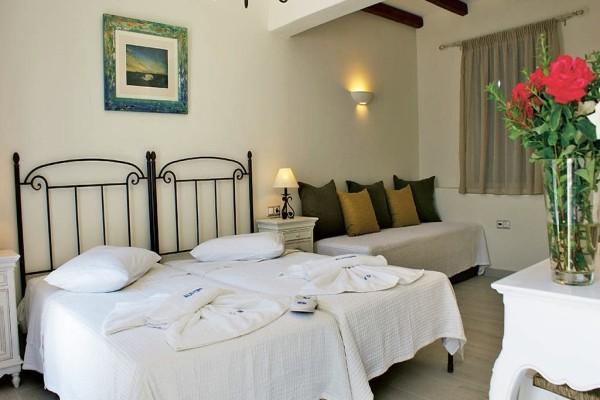 Chambre - Hôtel Alkyoni Beach 3* sup Santorin Grece