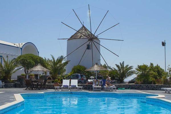 Piscine - Hôtel Milos Villas 4* Santorin Grece