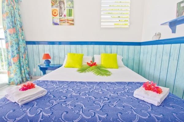 Chambre - Hôtel Résidence Tropicale + Location Voiture Pointe A Pitre Guadeloupe