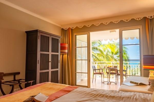 Chambre - Hôtel Village Pierre et Vacances Sainte Anne Pointe A Pitre Guadeloupe