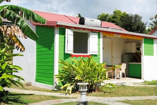 Facade - Hôtel Berceuse Créole Pointe A Pitre Guadeloupe