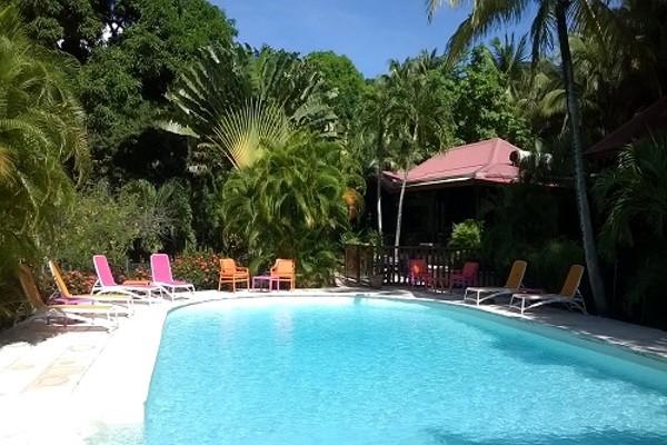 Piscine - Hôtel Caraïb'bay 3* + location de voiture 3*