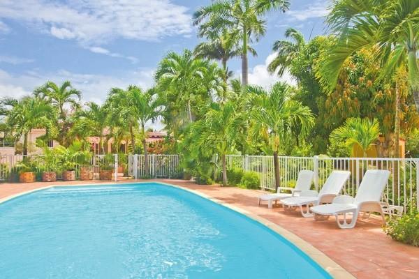 Piscine - Hôtel Oasis du Levant Pointe A Pitre Guadeloupe