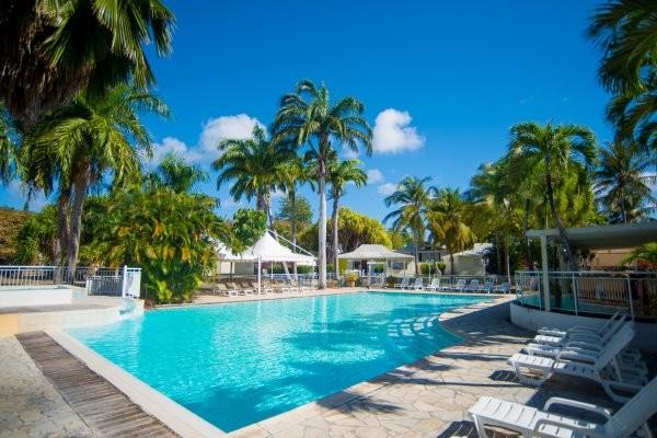 Piscine - Hôtel Résidence Golf Village 3* Pointe A Pitre Guadeloupe