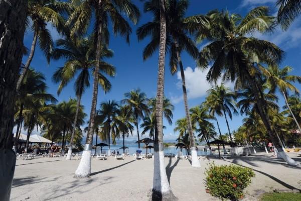 Plage - Hôtel Fleur d'épée 3* Pointe A Pitre Guadeloupe