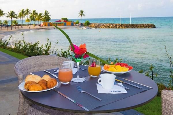 Restaurant - Combiné hôtels 2 îles - Guadeloupe et Martinique : Karibea Clipper et Karibea Amandiers 3* Pointe A Pitre Guadeloupe