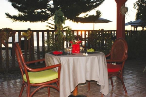 Restaurant - Hôtel Le Rayon Vert Pointe A Pitre Guadeloupe