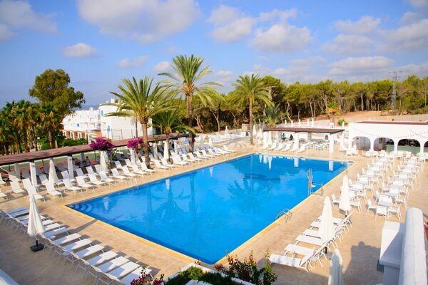Piscine - Cala Llenya Resort Ibiza