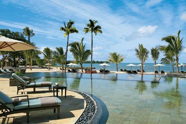 Piscine - Hôtel Anahita The Resort 5* Mahebourg Ile Maurice