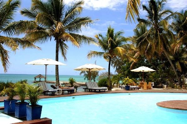 Piscine - Hôtel Coral Azur Beach Resort 3*