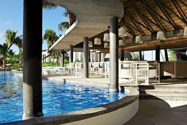 Piscine - Hôtel Long Beach Golf & Spa Resort 5* Mahebourg Ile Maurice