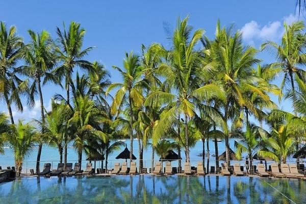 Piscine - Hôtel Mauricia Beachcomber Resort & Spa 4* Mahebourg Ile Maurice
