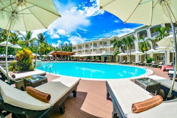 Piscine - Hôtel Tarisa Resort 3* sup Mahebourg Ile Maurice