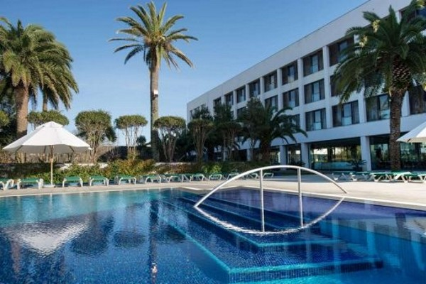 Piscine - Hôtel Azoris Royal Garden 4*