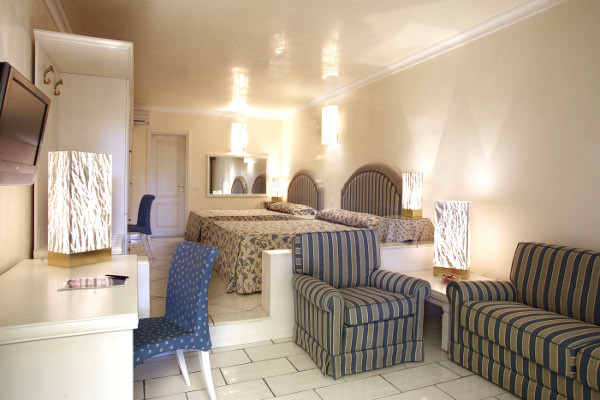 Chambre - Hôtel Top Clubs Villaggio Oasis 4* Naples Italie