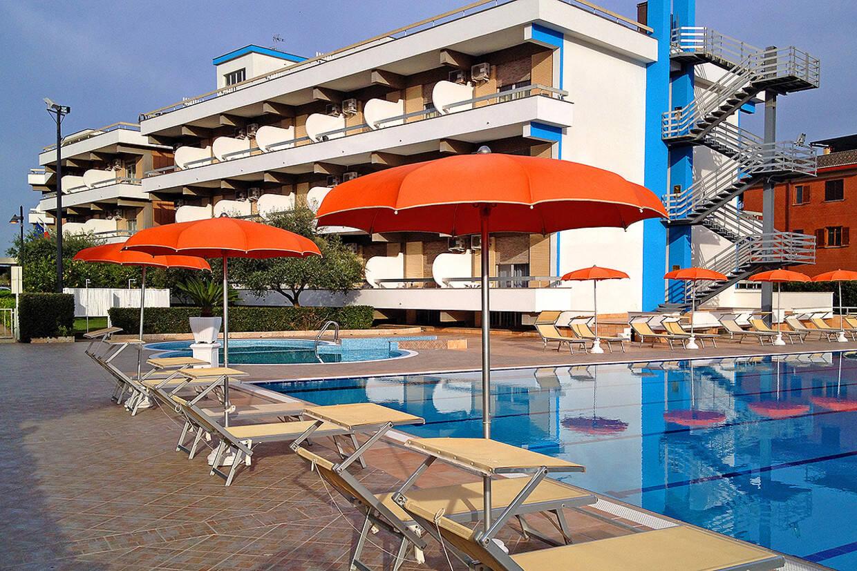 Piscine - Hôtel Top Clubs Cocoon River Palace 4* Rome Italie