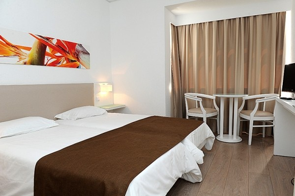 Chambre - Hôtel Estrelicia 3* Funchal Madère