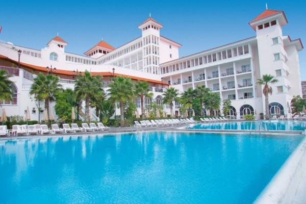 piscine - Hôtel Riu Palace Madeira