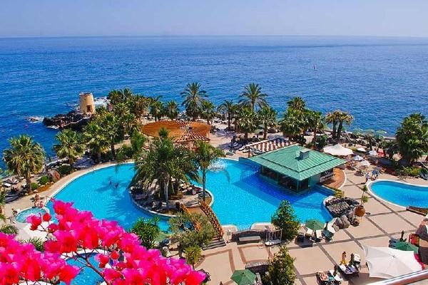 piscine + mer - Royal Savoy