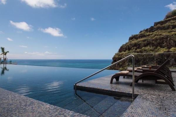 Piscine - Hôtel Saccharum Hotel 5* Funchal Madère