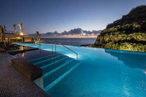 Madère-Funchal, Hôtel Saccharum