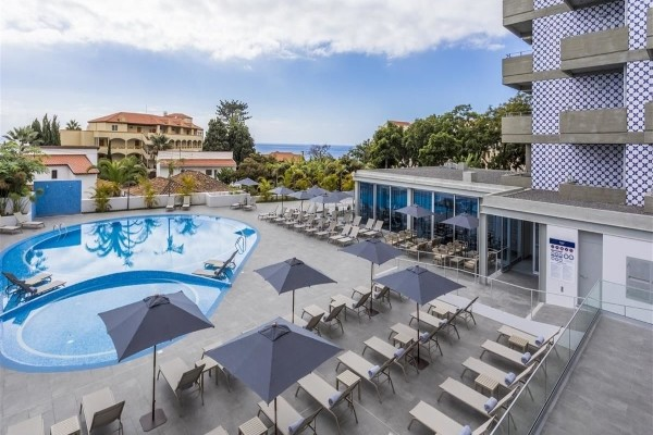 Piscine - Hôtel Tiles Madeira 4*