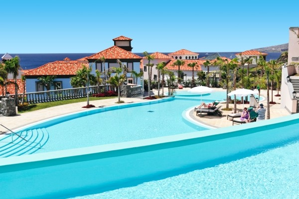 Piscine - Hôtel Top Clubs Quinta Do Lorde 5* Funchal Madère
