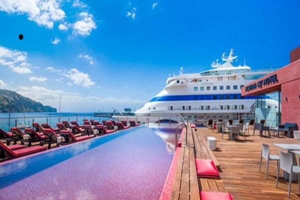 Vue panoramique - Hôtel Pestana CR7 4* Funchal Madère
