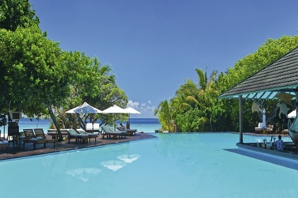 Piscine - Hôtel Adaaran Select Meedhupparu 4* Male Maldives