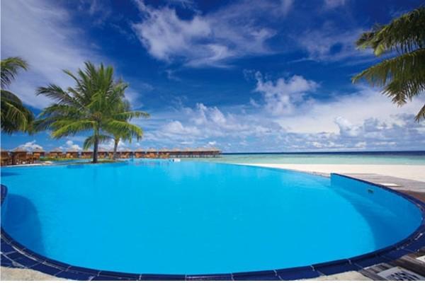 Piscine - Hôtel Filitheyo Island Resort 4* Male Maldives