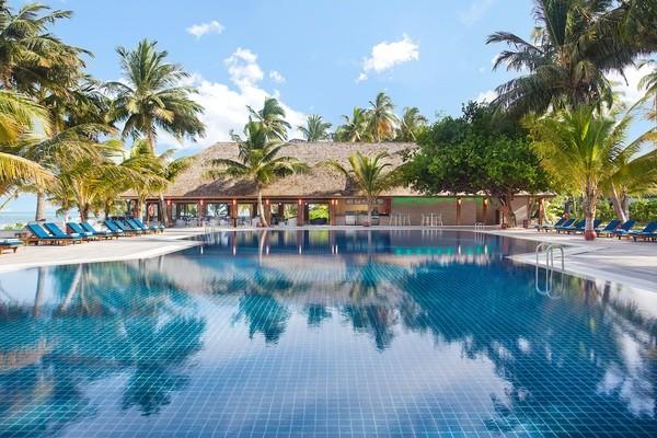 Piscine - Hôtel Meeru Island (été 21) 4* Male Maldives