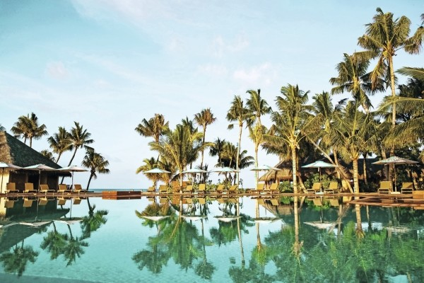 Piscine - Veligandu Island Resort & Spa